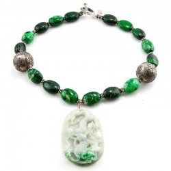 MOSS on SNOW - Jade Pendant...