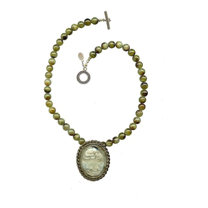 LUDIVINE - Vintage French Reverse Carved Lucite Brooch Necklace