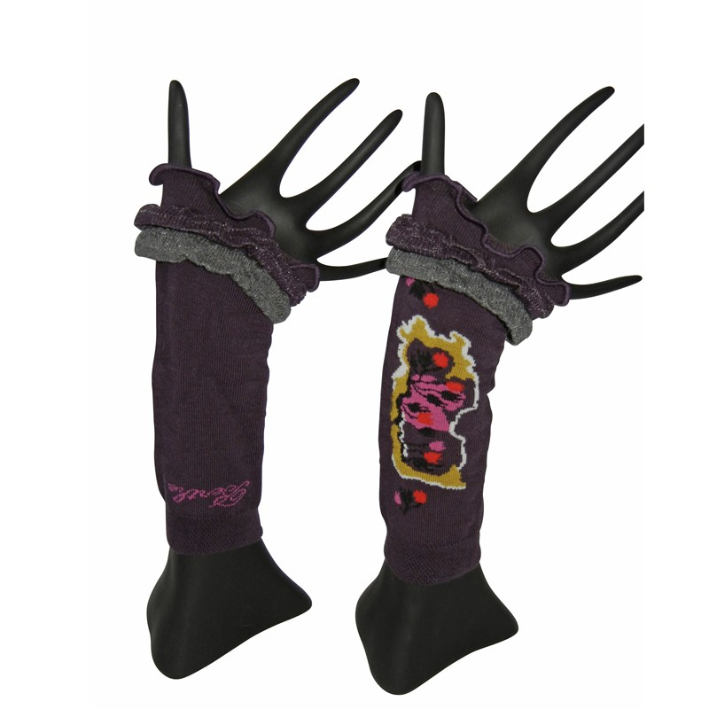Arm Warmers – Plum by French designer Berthe Aux Grands Pieds